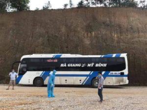 Hà Giang - Đưa F0 bỏ ᴛrốn khỏi khu điều trị Covid-19 quay lại Bắc Giang