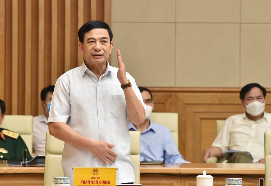 Thủ tướng: Tính toán di dời người dân khỏi một số điểm để giãn cách