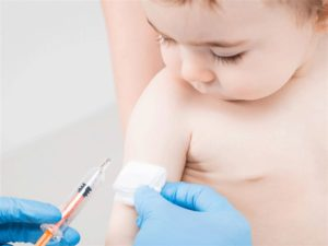 trì hoãn việc tiêm những loại vaccine khác trong thời điểm dịch bệnh