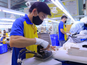 Nhiều doanh nghiệp dệt may và da giày bị phạt hợp đồng