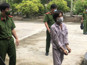 3 người đàn ông bị bắt vì xúi người dân gây rối